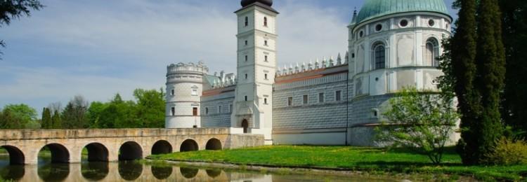 Замок Красицких в Польше