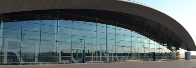 Аэропорт Жешув-Ясенки