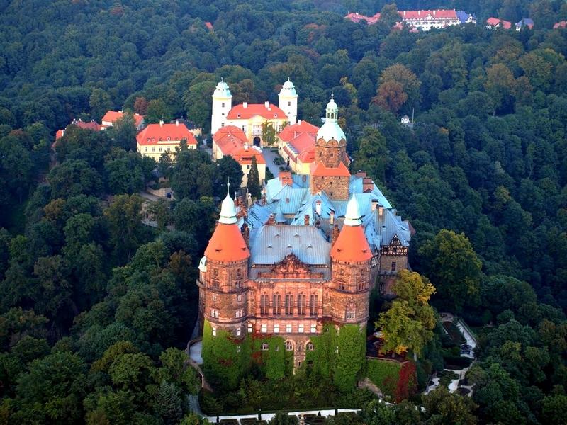 Замок Ксенж, Польша