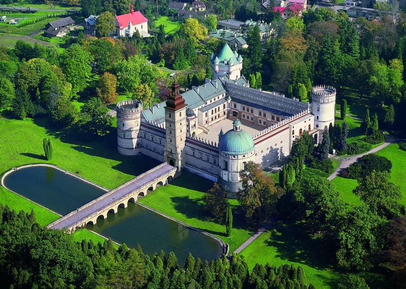 Замок Красицких, Польша