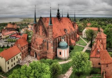 Замок Фромборк в Польше