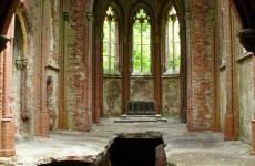 Развалины замка в Копице, Польша