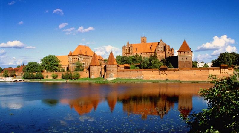 Замок Мальборк (Мариенбург) в Польше