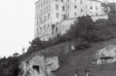 Польский замок Пескова Скала