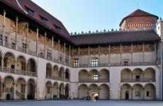 Внутренний двор Королевского замка в Кракове