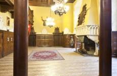 Замок Чоха в Польше: рыцарский зал