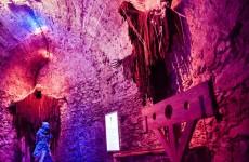 Экскурсия по мультимедийному залу пыток, замок Чоха