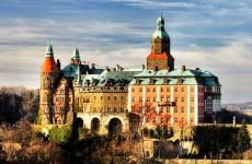 Замок Ксенж сегодня, Польша