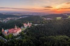Замок Ксенж с высоты полета