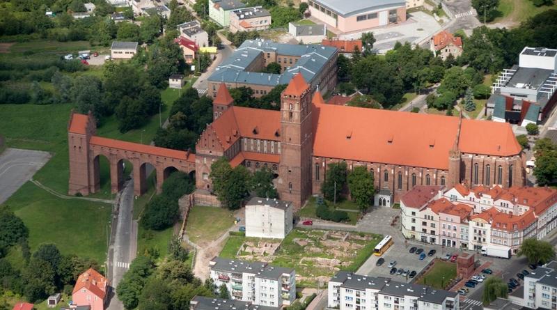 Замок Квидзын в Польше