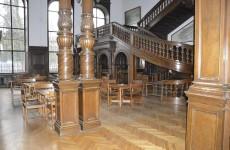 Интерьеры замка Мошна в Польше