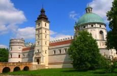 Замок в Красичине, Польша