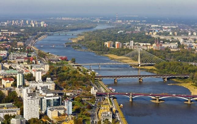 На какой реке стоит Варшава